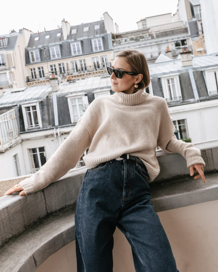 grey high waisted denim jeans
