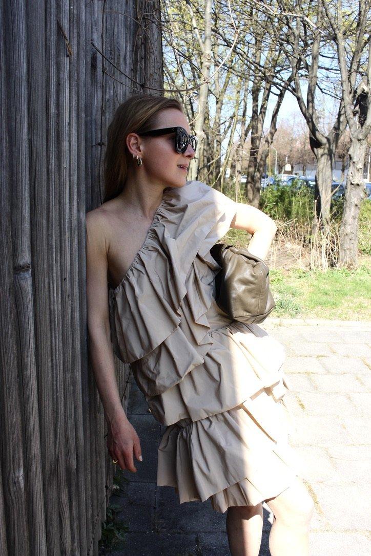 The H&M Conscious Dress |09.04.2020