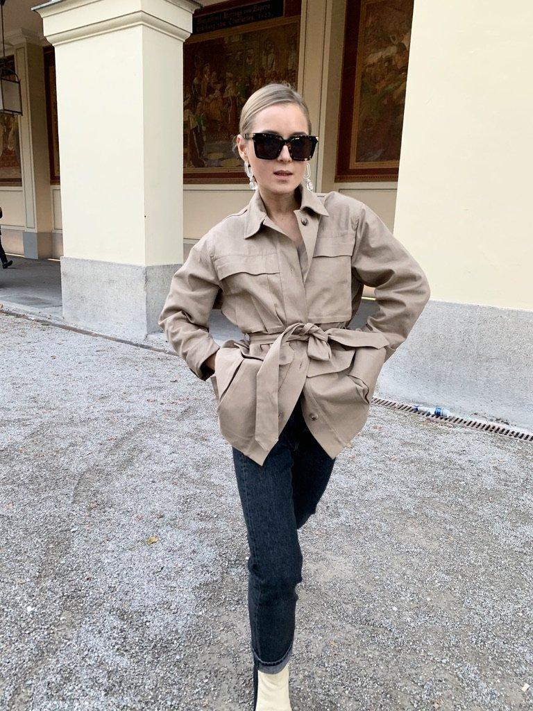 The Beige Jacket |12.12.2020