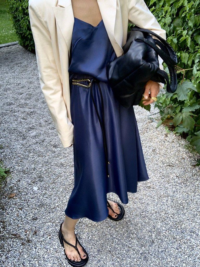 The Satin Skirt |18.05.2020