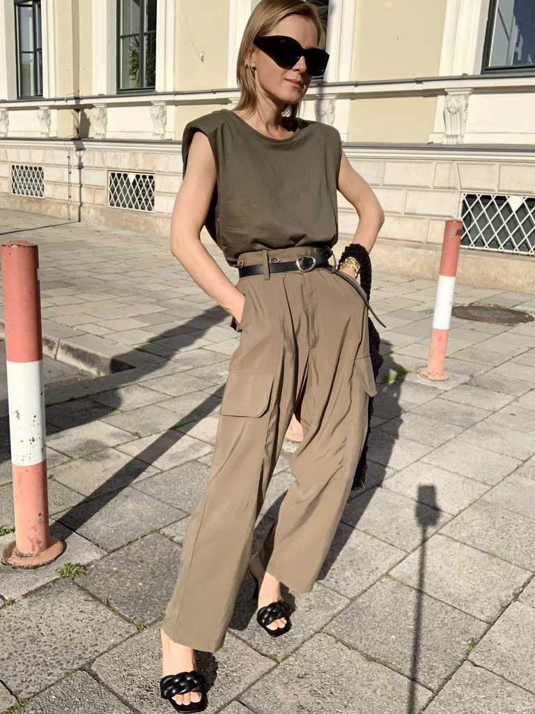 The Khaki Look  | 08.06.2020