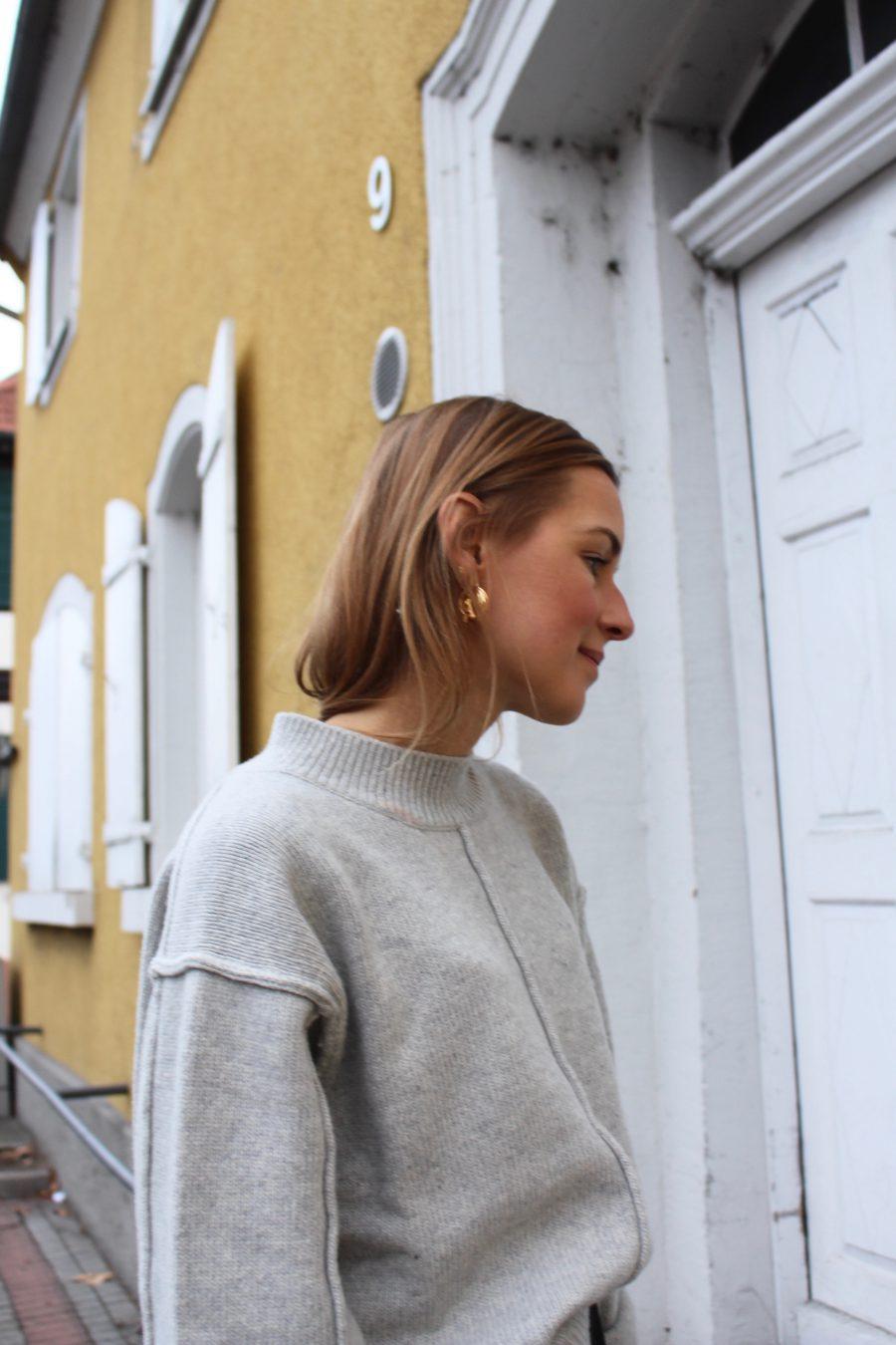 Veia earrings gold