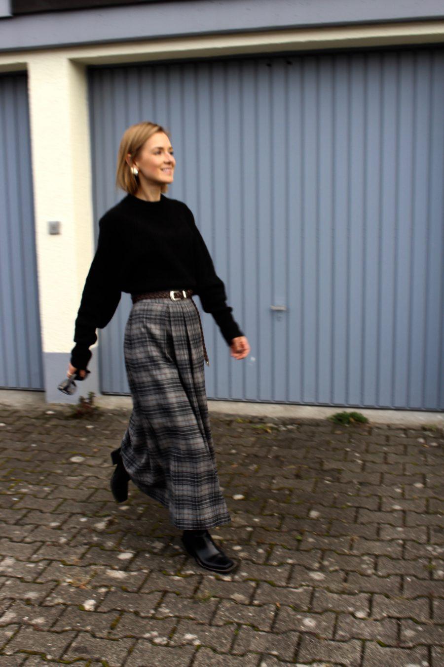 The Massimo Dutti Winter Capsule Skirt