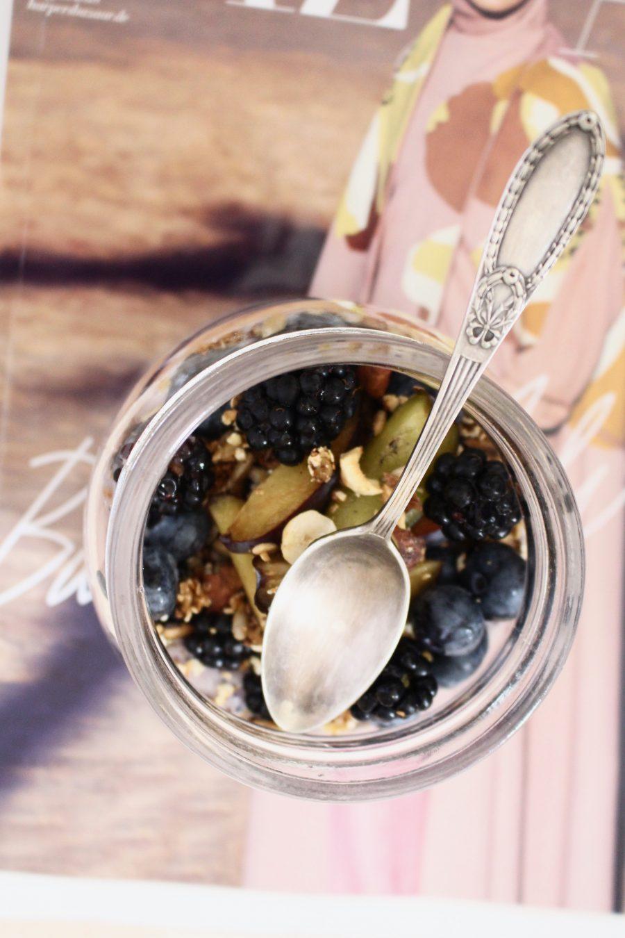 Blackberry Yoghurt