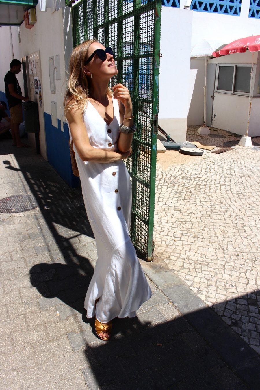 white linen long dress fashion blogger style
