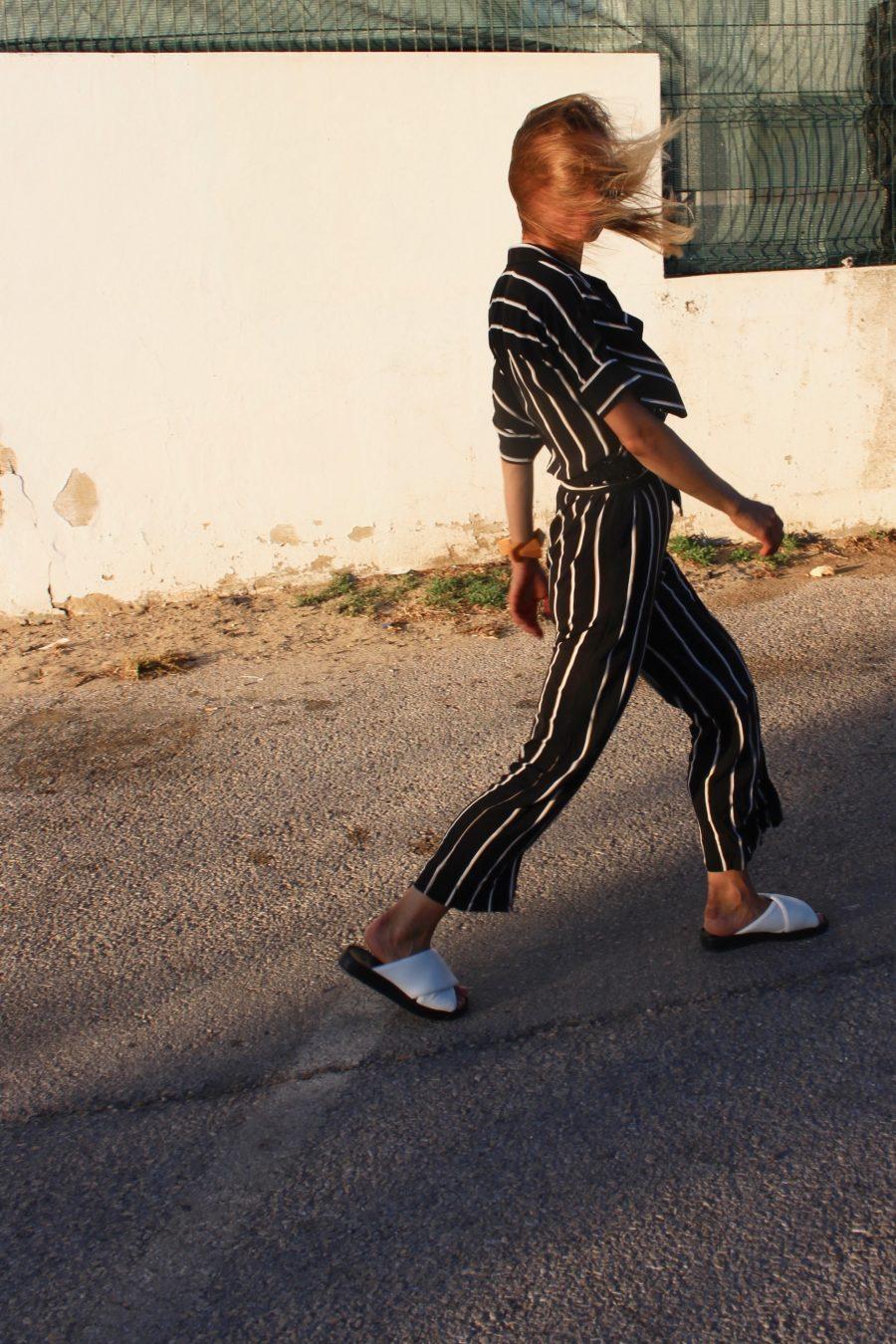 white sandals H&M trend