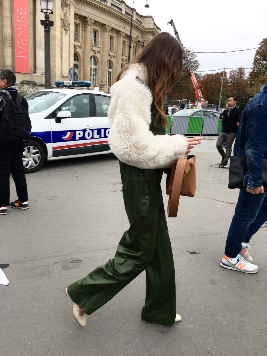 Street Style Paris Fashion Week SS19, Day 8