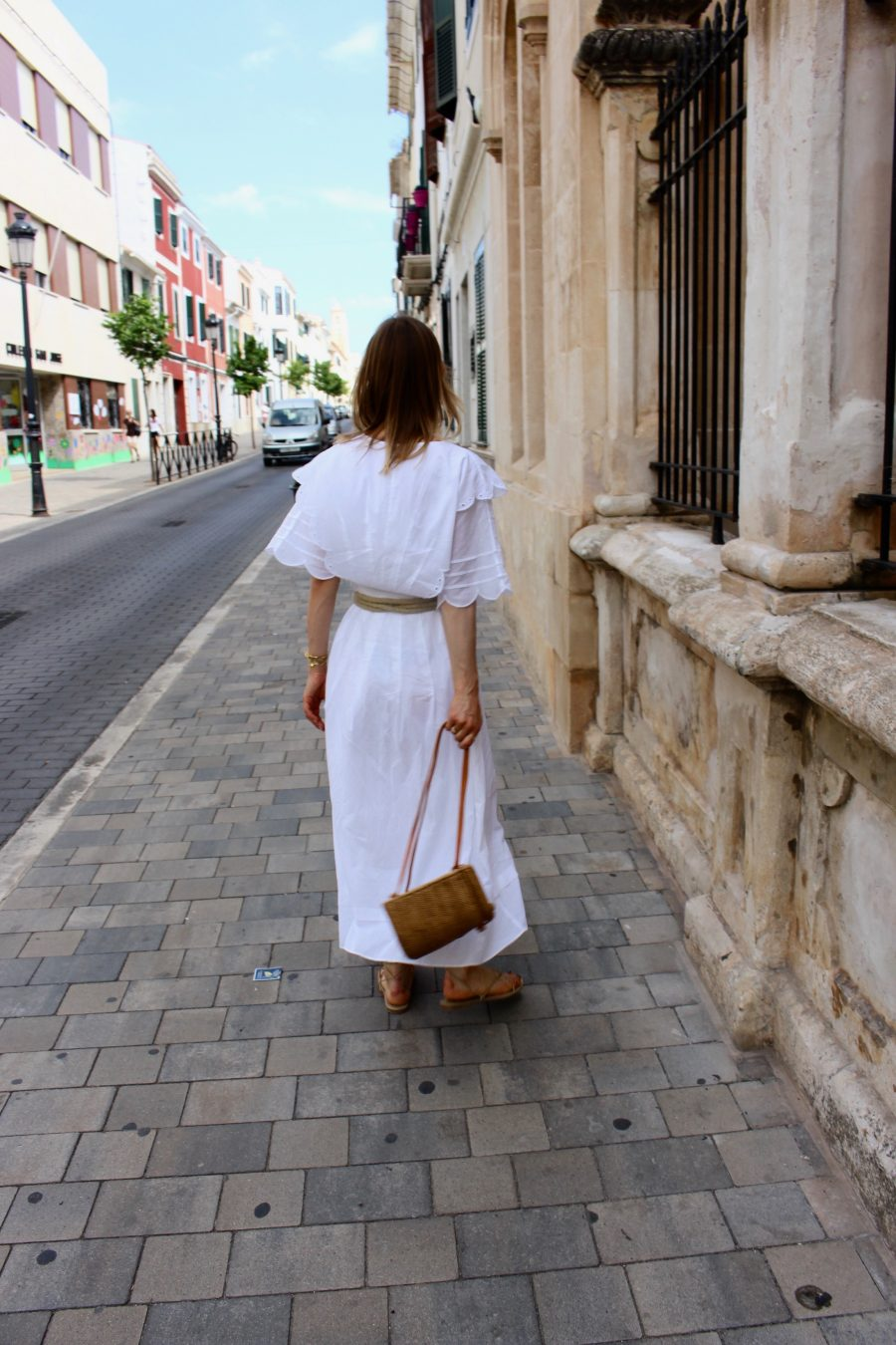 white summer dress fashion blogger look
