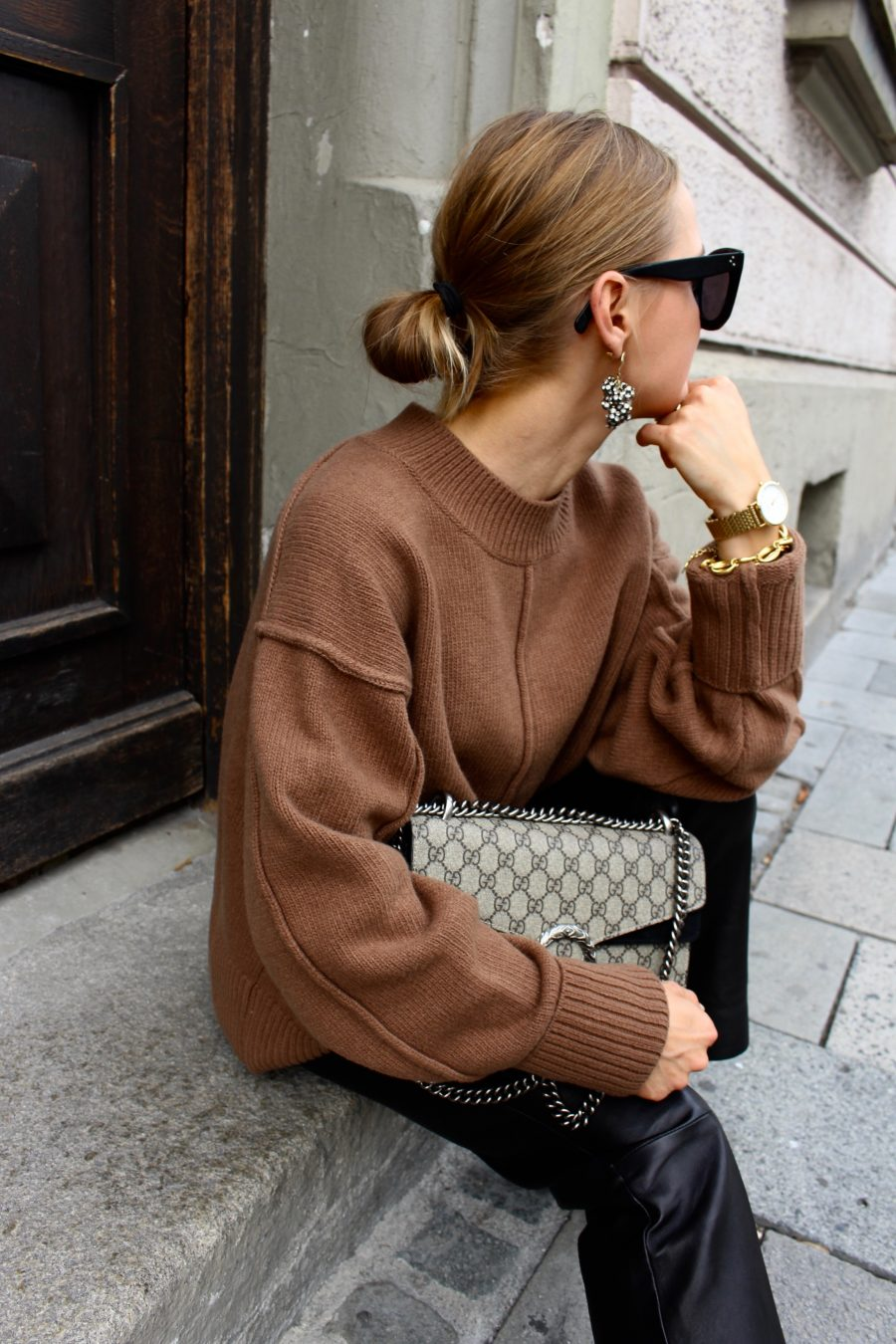 H&M Sweater brown