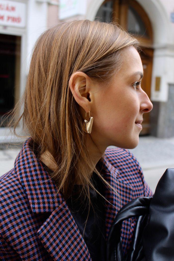 cos stories earrings