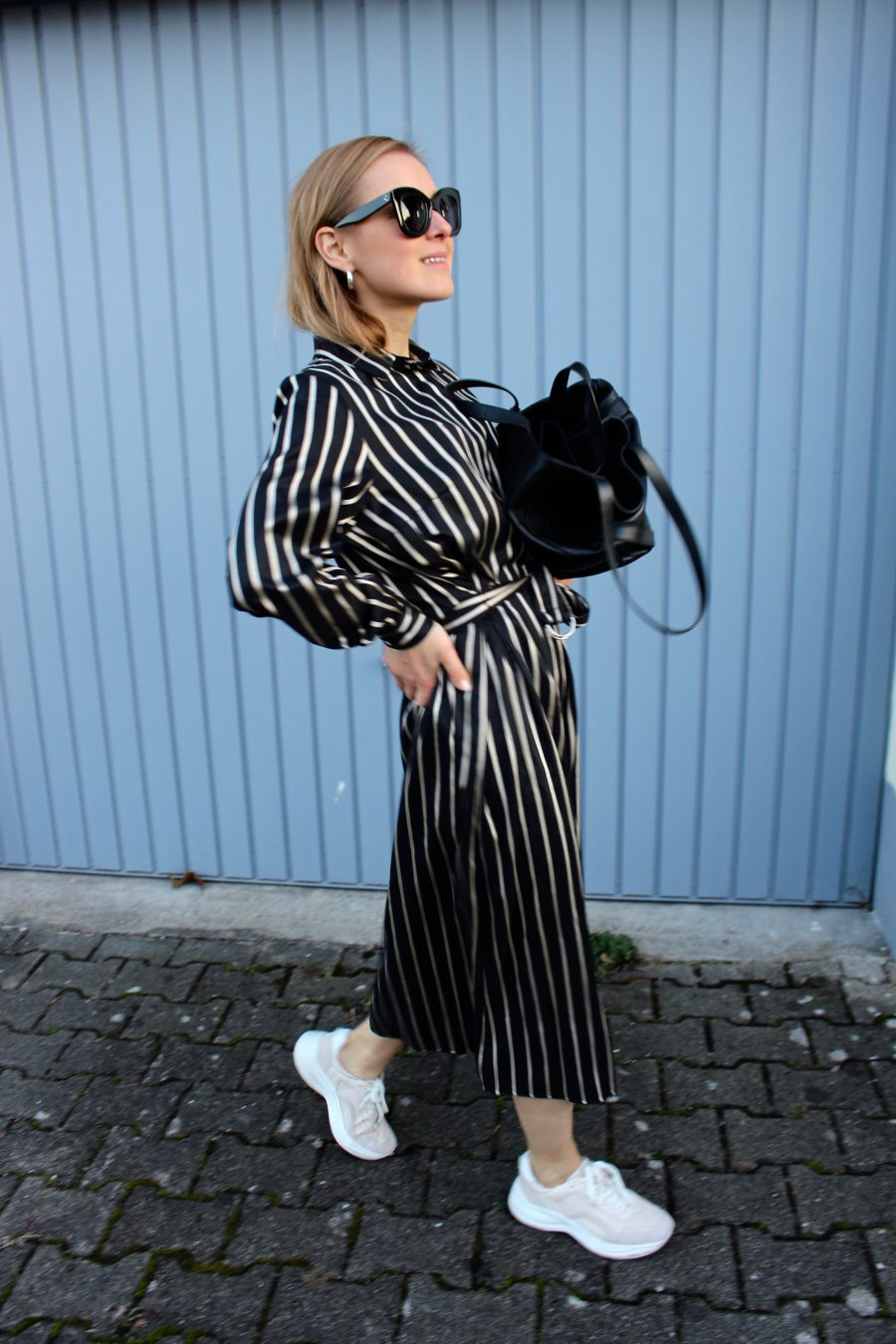 The Shirt Dress H&M Black and white stripes