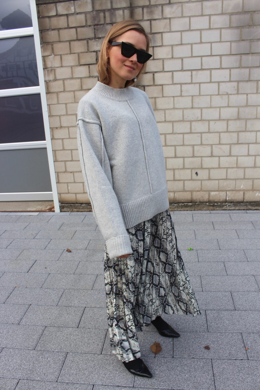 Snake Skirt H&M trend