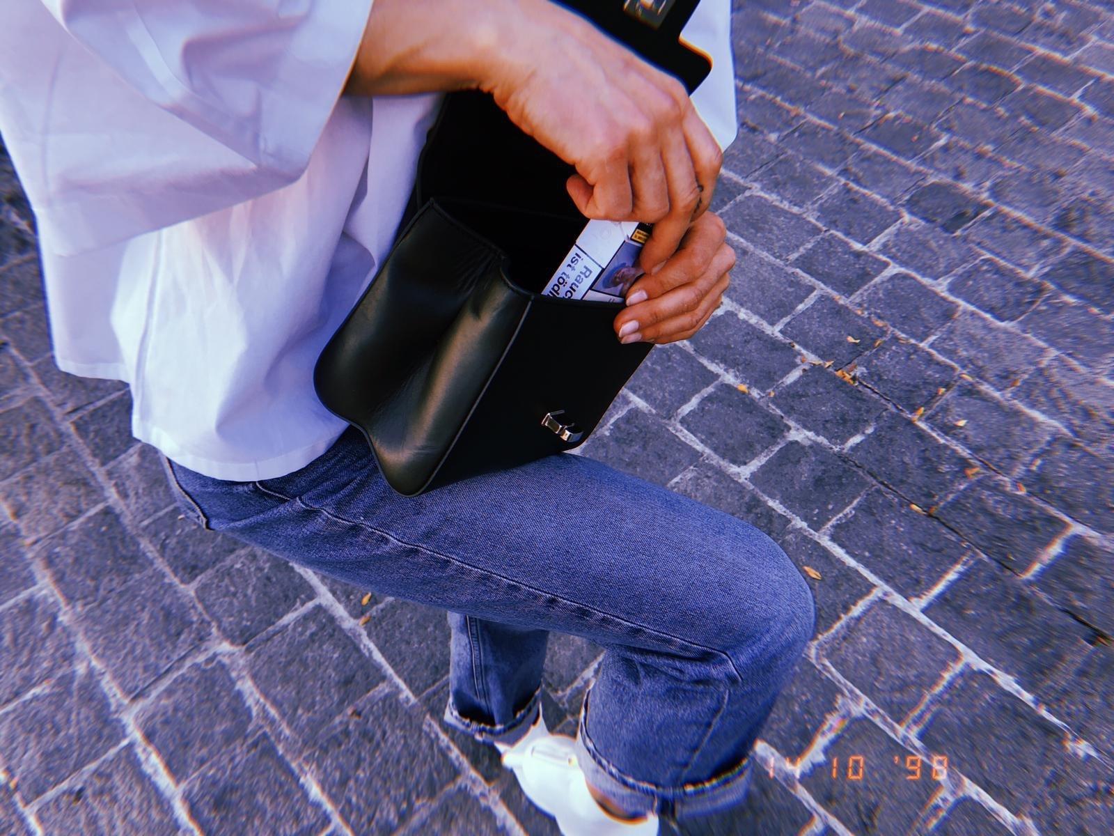 LILI'S Miniature Bag Lili Radu Khaki Bag
